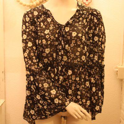 Zwarte Nüd blousemet bloemetjes