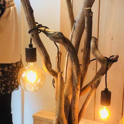 hippe houten lamp