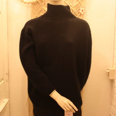 zwart gebreide trui